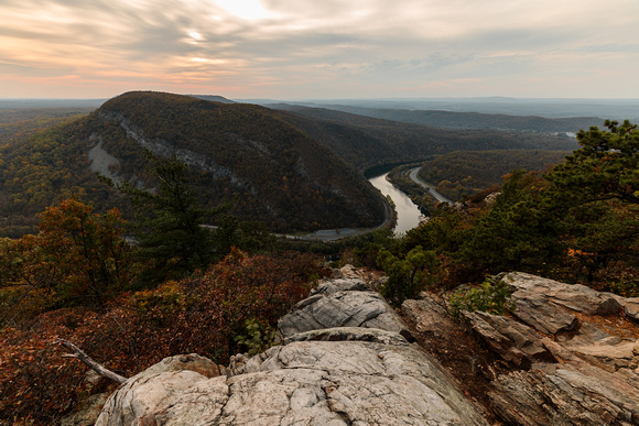 View from the top of Mount Tammany in the Appalachian Mountains